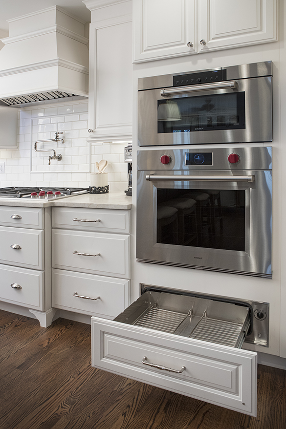 Kitchen-new-stove-oven-Roeser-home-remodeling-St-Louis
