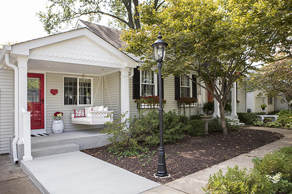 front-porch2-Roeser-home-remodeling-St-Louis