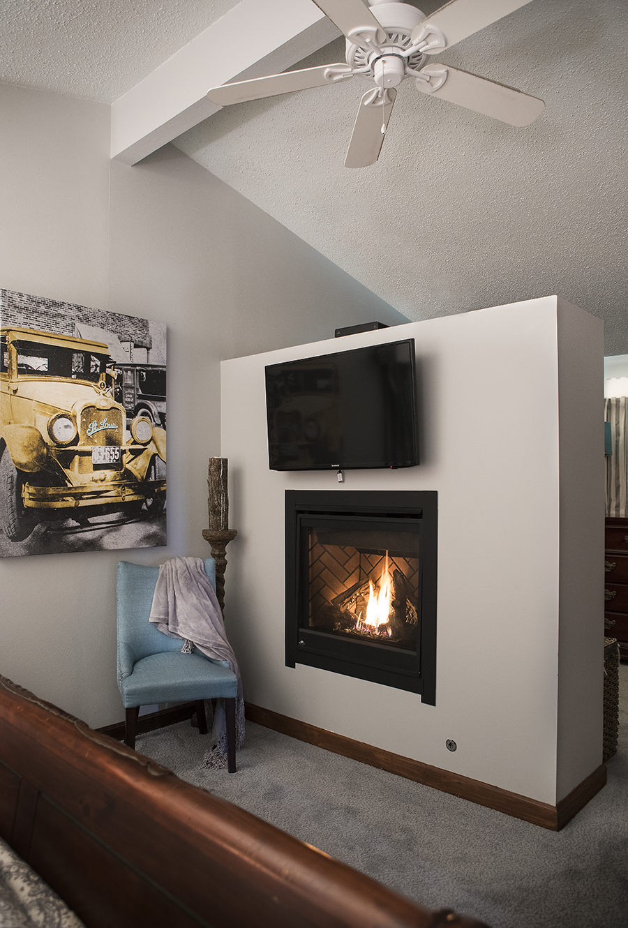 Roeser-Home-Remodeling-St-Louis-fireplace-2018