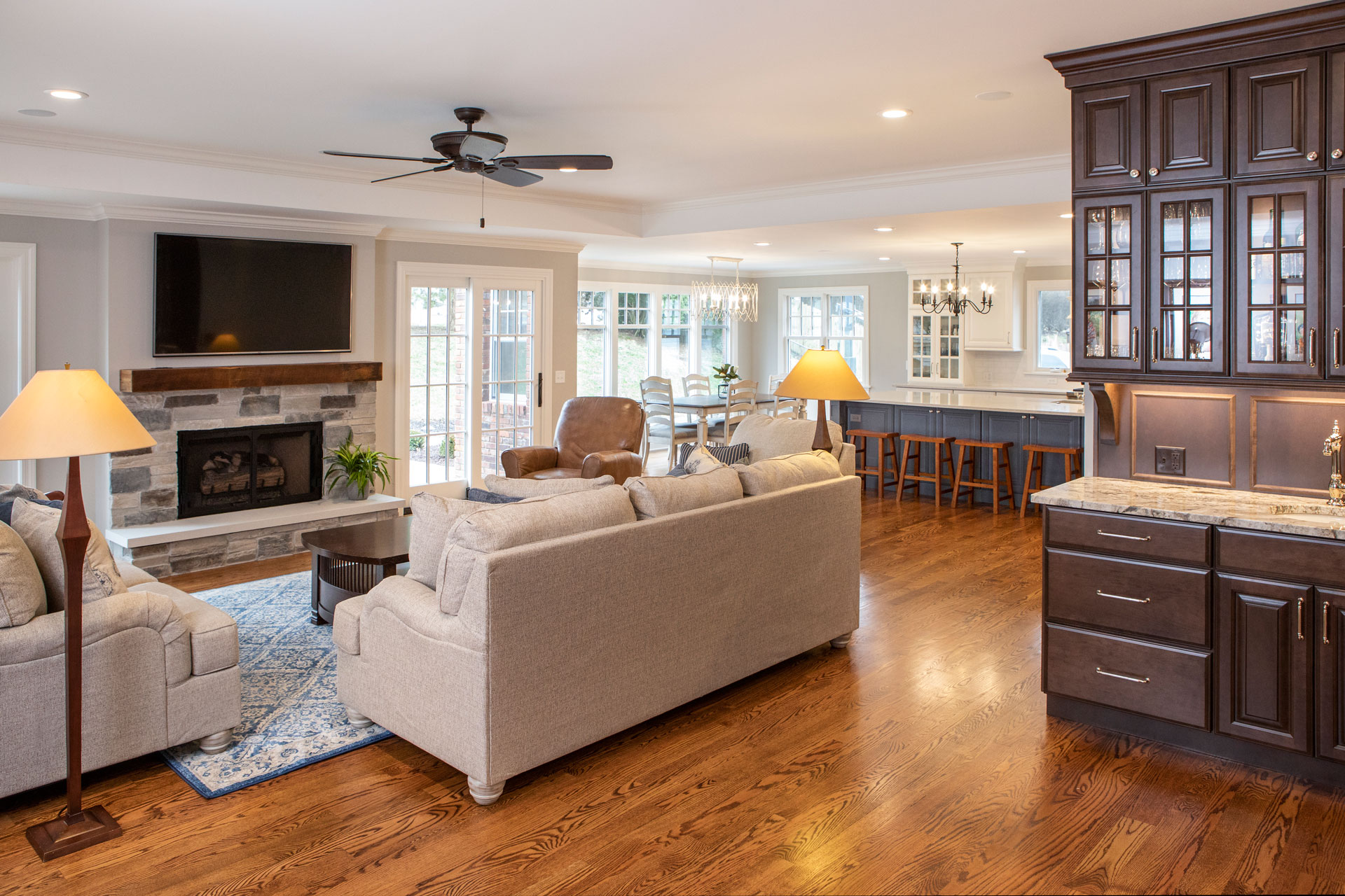Roeser-Home-Remodeling-St-Louis-Fox-Estates-Living-Room-1