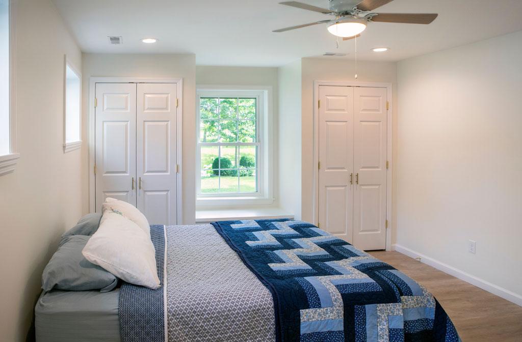 Roeser-Home-Remodeling-St-Louis-basement-deck-addition-remodel-Roessler-bedroom