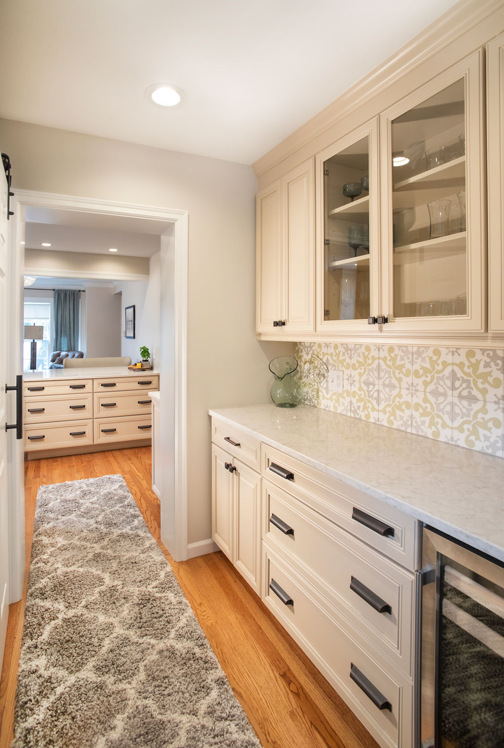 Roeser-Home-Remodeling-St-Louis-pantry-Gibbs
